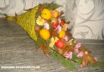 Рог изобилия осенний – Осенний рог изобилия своими руками из веток и фруктов с цветами