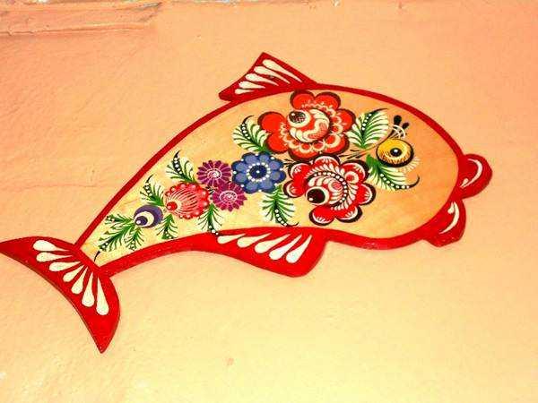 Выполнение элементов цветочного узора в городецкой росписи ...